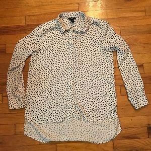 Black polka dot hi low blouse